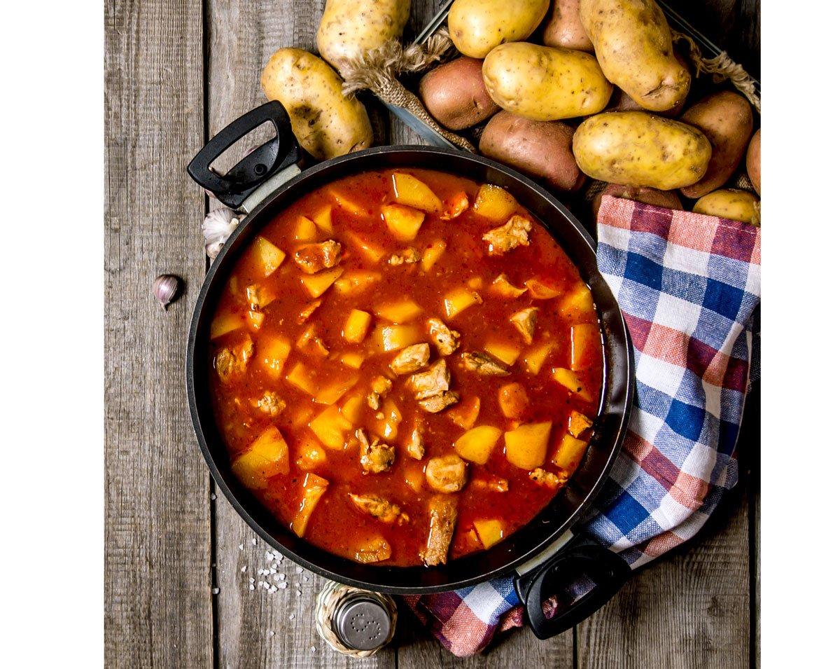 Falešná gulášová polévka