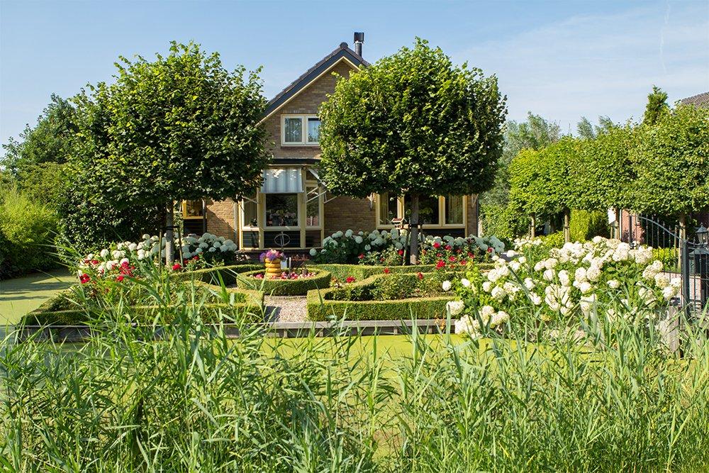 okrasná a užitková zahrada