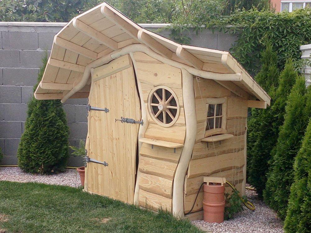 atypický zahradní domek na nářadí