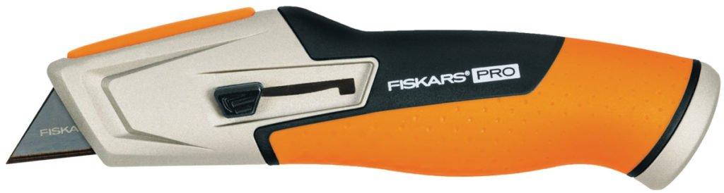 Pracovní nůž CarbonMax s ergonomicky tvarovanou pogumovanou rukojetí