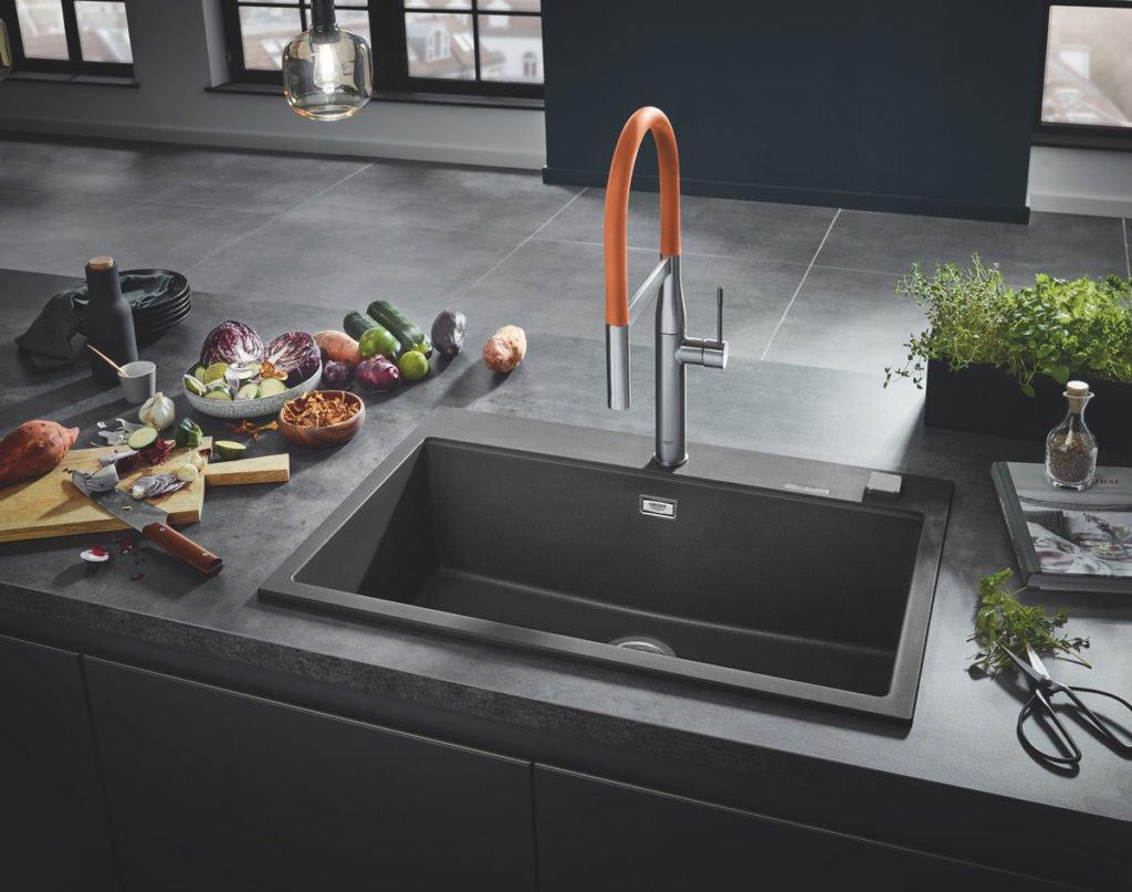 sivý granitový kuchyňský dřez