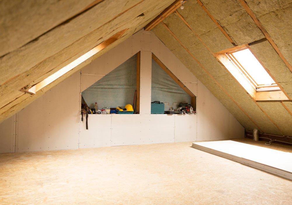 oprava poškozeného zateplení domu