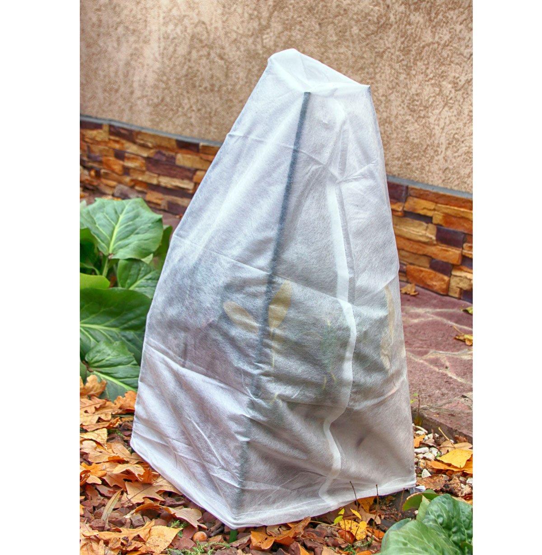 zimní ochrana rostlin netkanou textílii