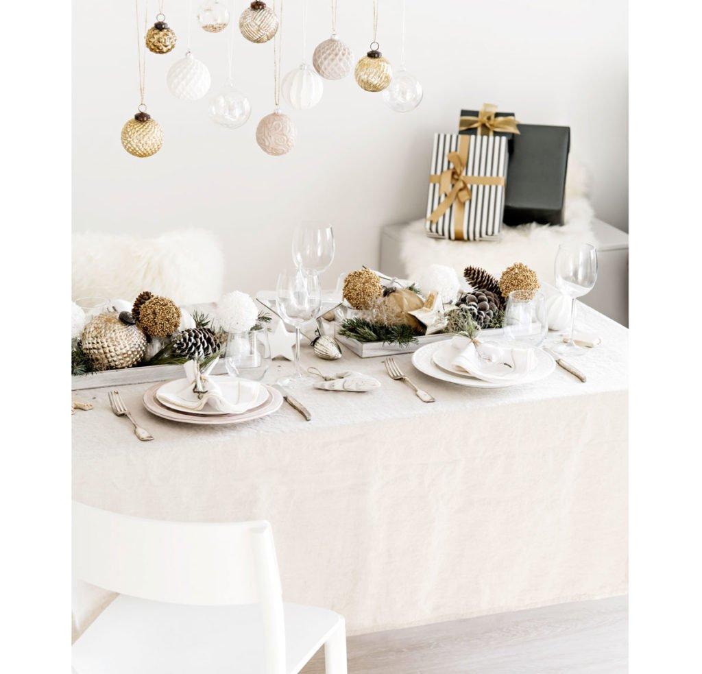 vánoční stolování ve skandinávskem stylu
