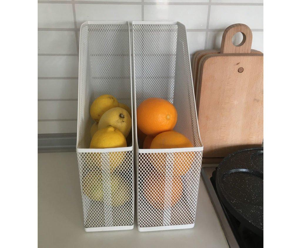 zlepšováky do domácnosti: zlepšováky do domácnosti: ovoce uskladněné v pořadači na časopisy