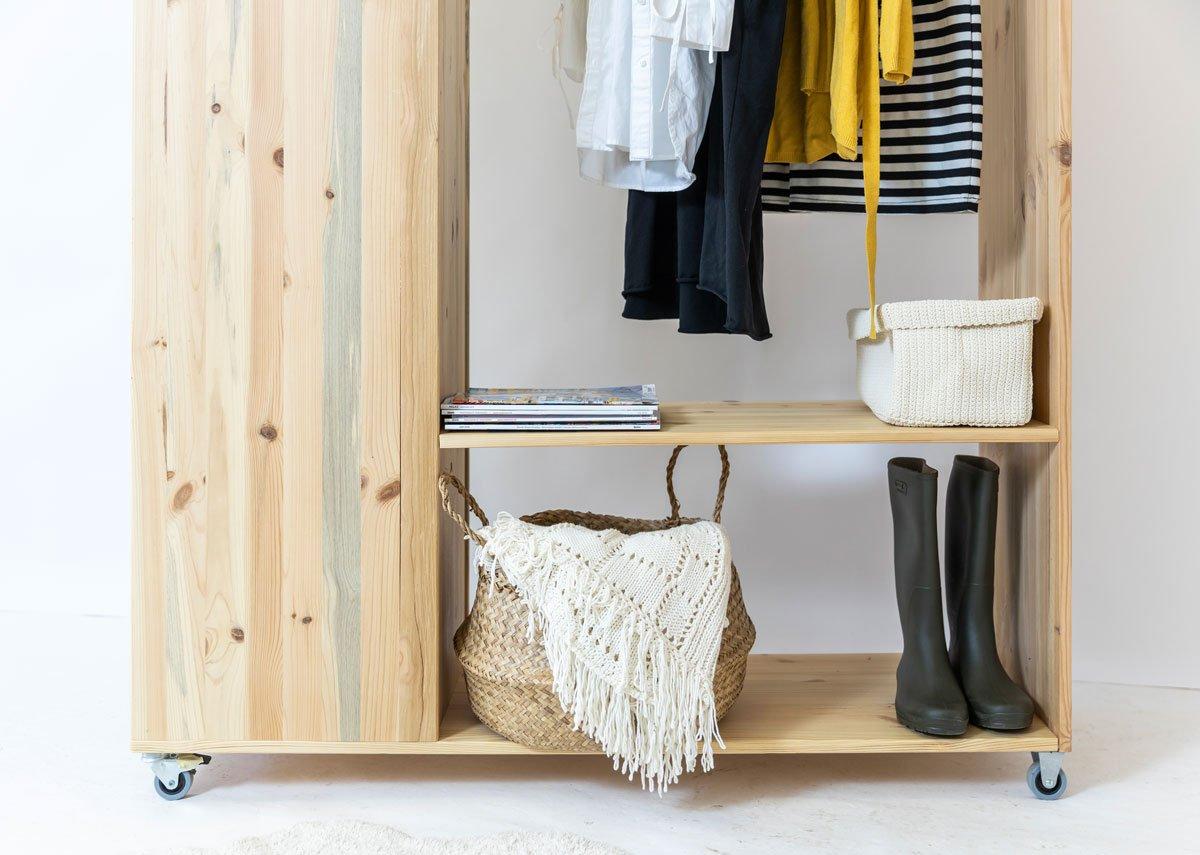 Jak vyrobit mobilní šatník: dolní police na odkládání bot, nebo košů