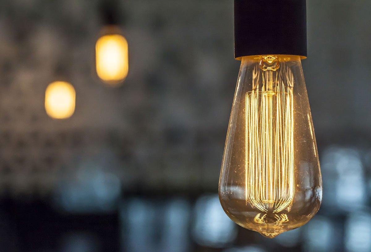Čeho si všímat při výběru LED osvětlení a ovladače: LED žárovka