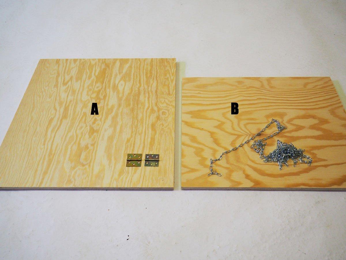 Připravené desky na výroby stojanu na nářadí.
