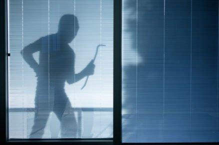 Jak zabezpečit svůj domov proti zlodějům a nechtěným návštevníkům?