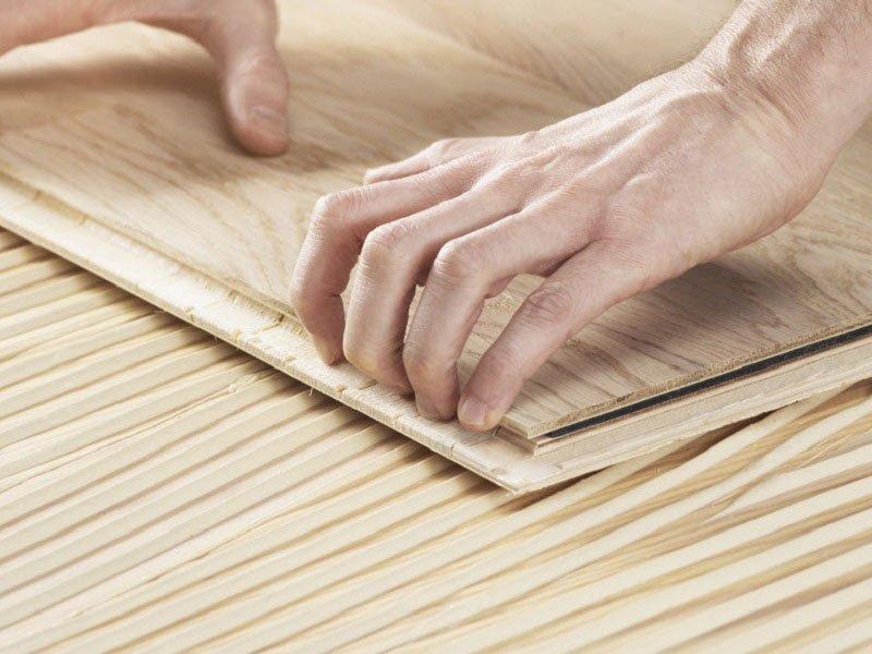 Pokládka dřevěné podlahy s Bona Quantum.