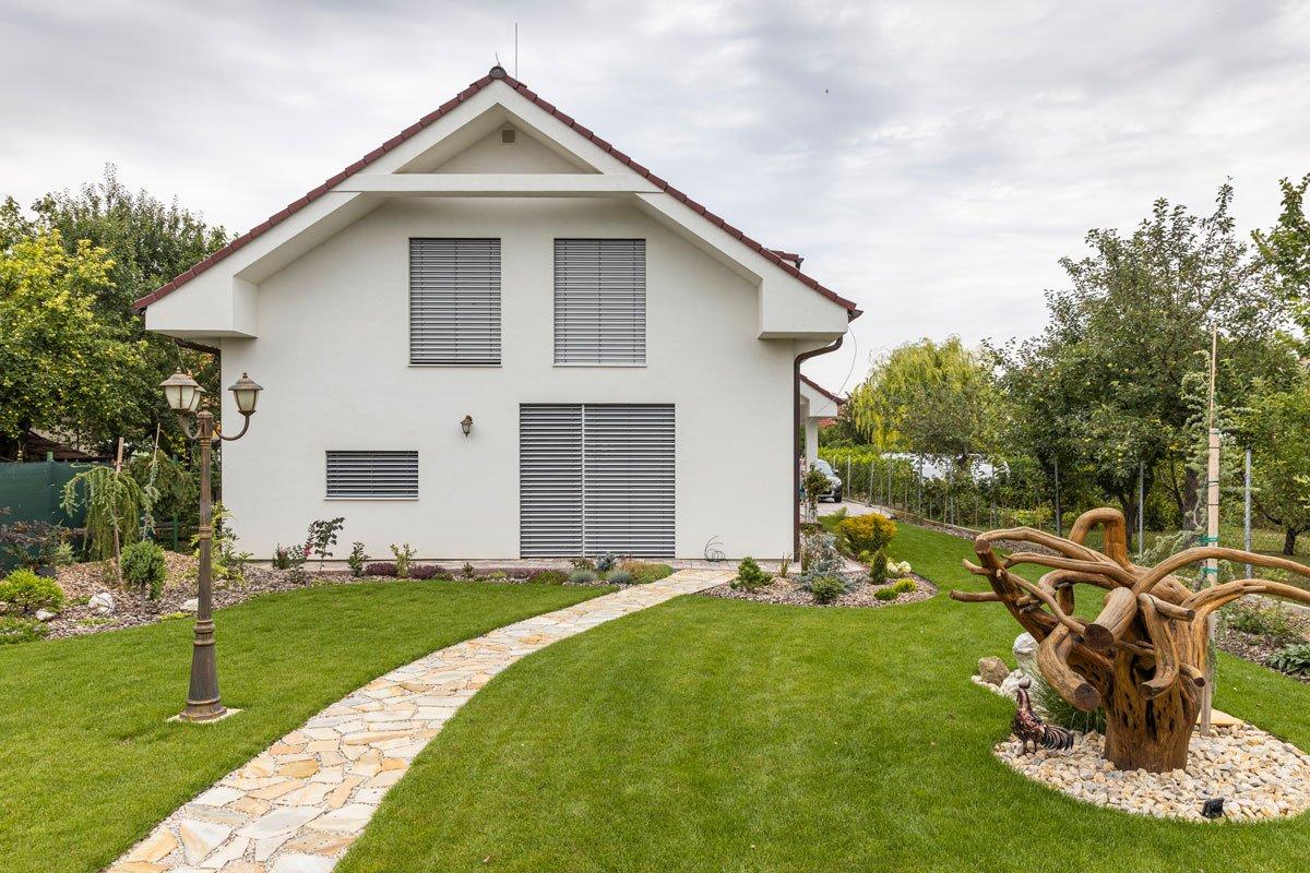 Pasivní dům postavený svépomocí s materiály Ytong