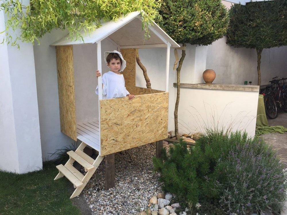 jak postavit jednoduchý dětský domek