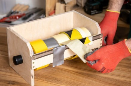 Zásobník na pásky vyrobený svépomoci