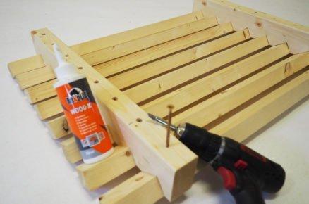 jak vyrobit dřevěnou rohožku na boty: lepení