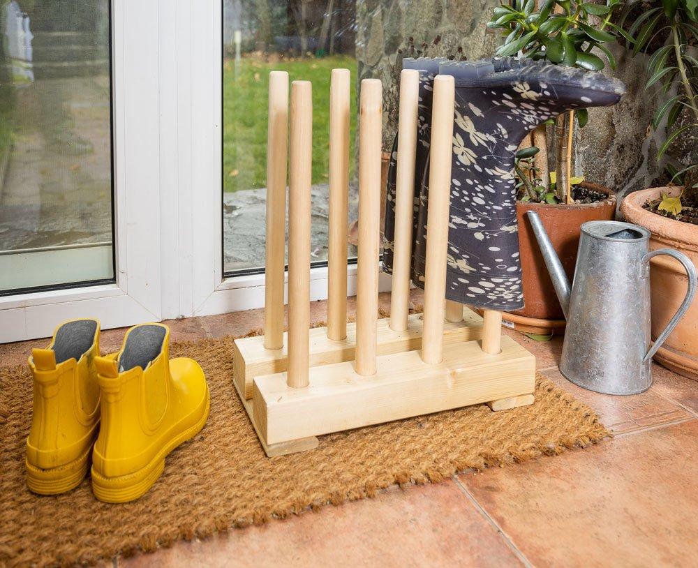 Jak si vyrobit dřevěný stojan na gumáky
