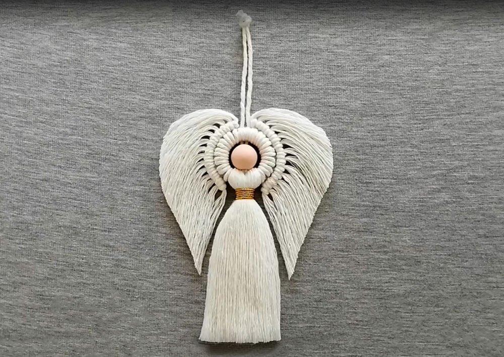 Jak na výrobu dekorace andílka makramé technikou