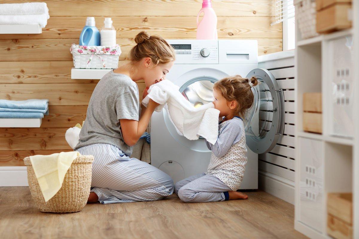 Jak využít ocet v domácnosti: ocet jako aviváž a čistič pračky