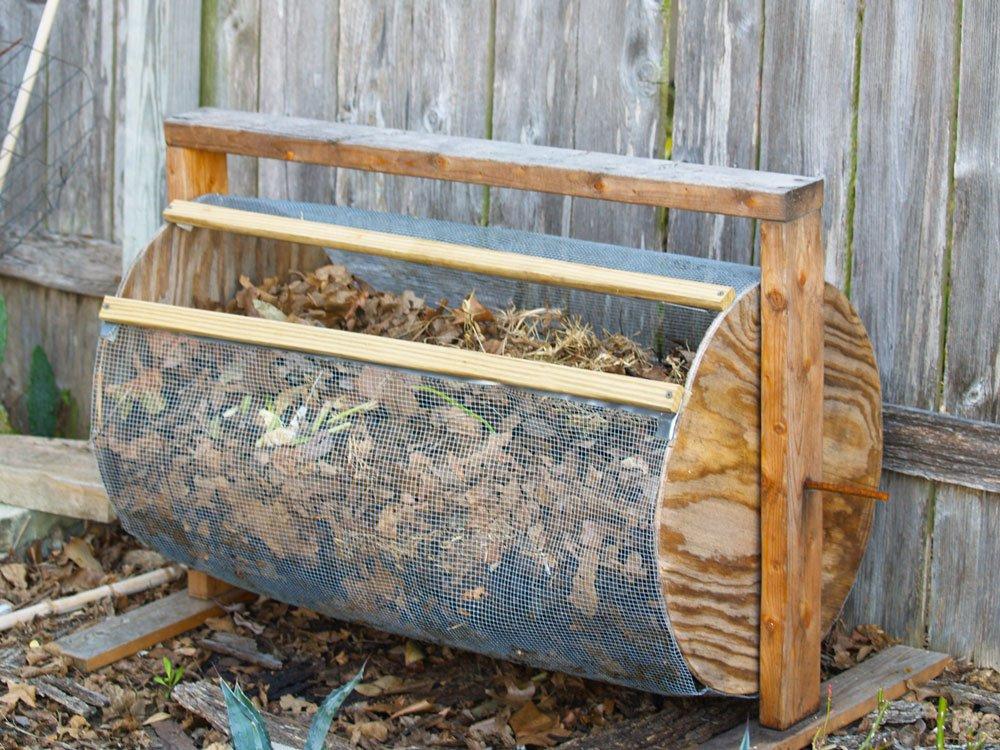 jak vyrobit bubnový kompostér na listovku