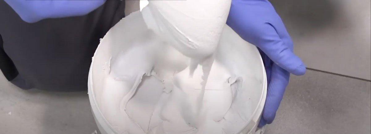 Příprava spárovací hmoty Ceresit