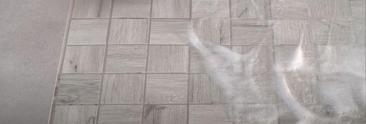 Použití čistícího prostředku CE 51 EPOXYCLEAN