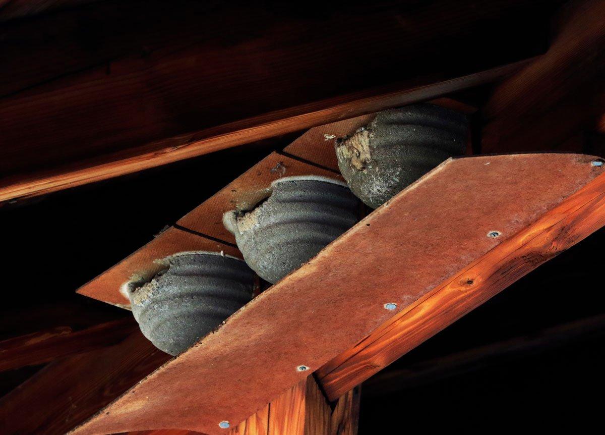 hotová hnízda pro vlaštovky a jiřičky