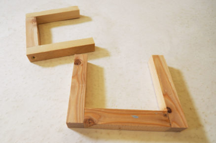 Dřevěné držáky