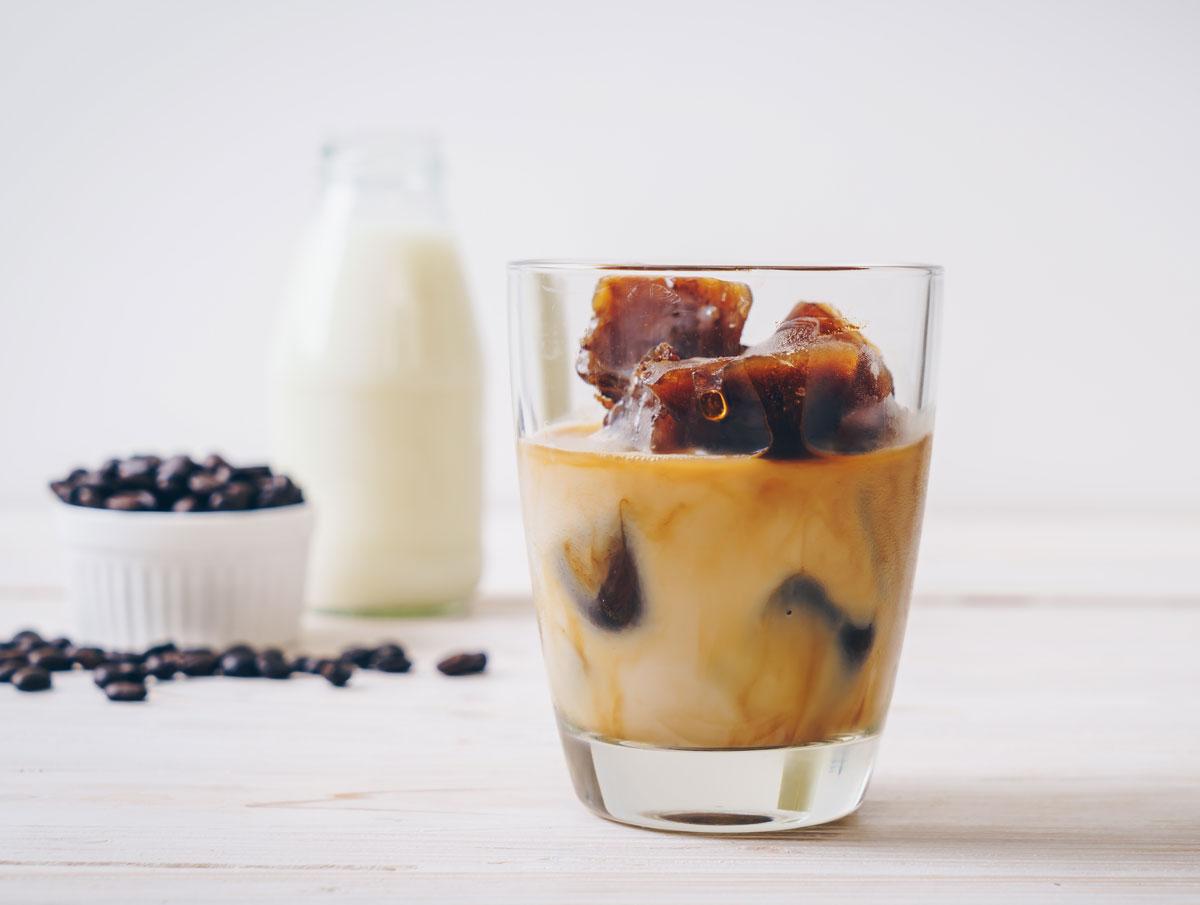 Káva z ledových kostek