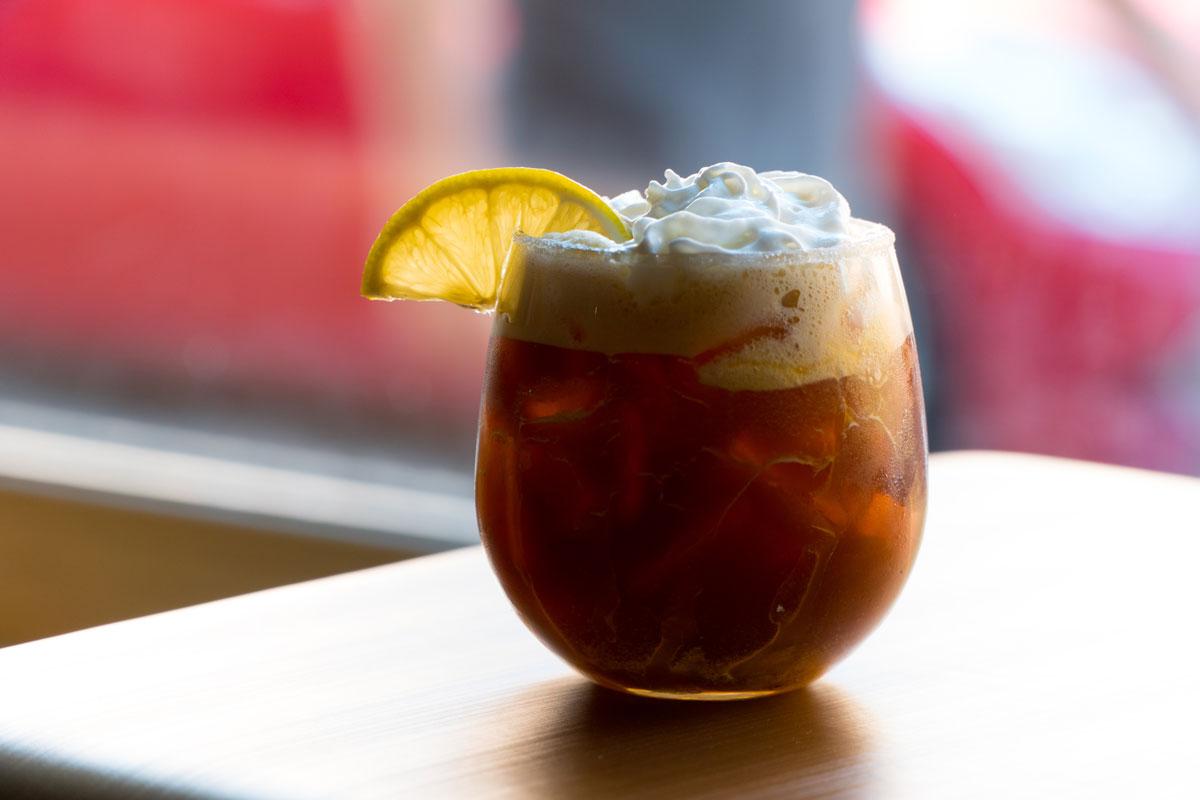 Ledová káva s citronem